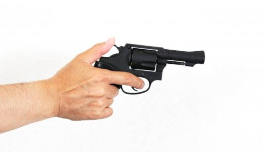 『あおり運転』今度はヴェルファイアからエアガンを撃つマスクの男