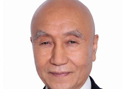 78歳の自称・大河俳優「石塚重夫」が女子学生にわいせつ行為。「遵凡且法」「導師」と名乗り人生相談。大河ドラマの役名は「雑色」