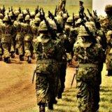 陸上自衛隊第7師団の40代の男性自衛官が演習訓練中に女性自衛官に性的暴行を加え懲戒免職。「本人が必要以上の不利益を被る可能性があるため」と氏名と階級を明らかにせず。キャリア組か?