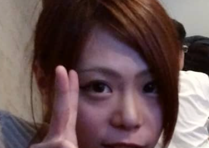 滝川市のスナック『imagination 』の経営者・藤井秋帆(25)が飲酒運転でパトカーから逃走。当て逃げ、信号無視の上欄干に衝突し歯を折る。顔画像と店を特定