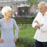 江別市の70代の「離婚したい」夫と「離婚したくない」妻。71歳の妻が激昂し70代の夫に包丁を見せ「殺すぞ」と脅迫。その理由とは