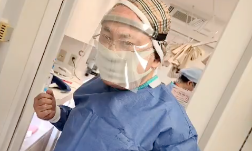 高須克弥院長が、ワクチン接種の現場で「働きます」とツイート。貴重なワクチンが廃棄される現場に憤慨。